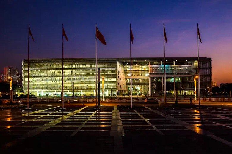 北大青鸟东莞金码学校周边的图书馆